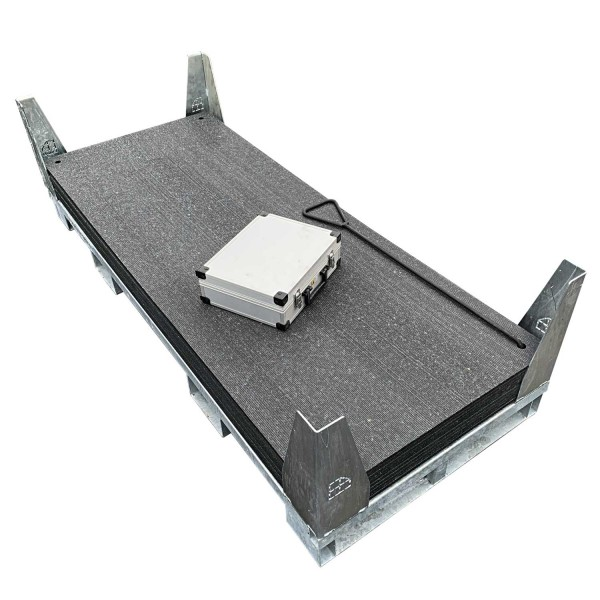 v:tek MINI · 10er Komplett Set Fahrplatten · Inhalt: 10 Platten a 1,60m² = 16,00m² mit 20 Einzelverbinder Stahl im Koffer, Handhaken, inkl. Stahlpalette und Sicherungswinkeln (Klappwinkel & Radsatz optional)