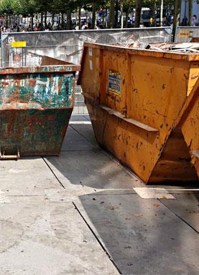 Bodenschutzplatten und Fahrplatten für Containertestellflächen, Abrollcontainer, Baucontainer kaufen oder mieten von Securatek.