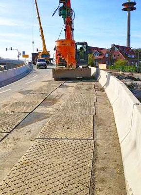 Bodenschutzplatten und Fahrplatten als Pflasterschutz, Asphaltschutz, Schutzplatten im Strassenbau und Verkehrswegebau kaufen oder mieten von Securatek.
