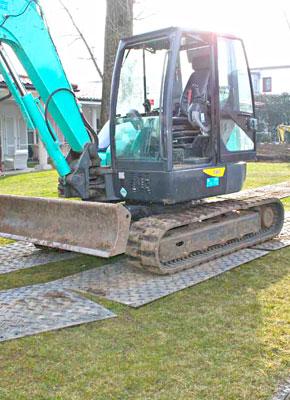 Bodenschutzplatten und Fahrplatten für den Gartenbau, Landschaftsbau, Galabau und Freiraumgestaltung kaufen oder mieten von Securatek.