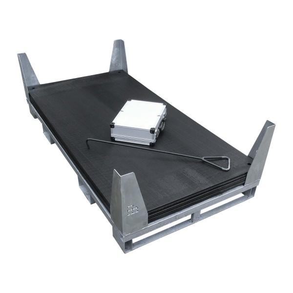 v:tek PRO · 6er Komplett-Set Fahrplatten · Inhalt: 6 Platten a 2,00m² = 12,00m² mit 12 Einzelverbinder Stahl im Koffer, Handhaken, inkl. Stahlpalette und Sicherungswinkeln (Klappwinkel & Radsatz optional)