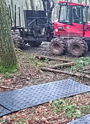 Bodenschutzplatten und Fahrplatten für den Waldwirtschaft, Forstwirtschaft kaufen oder mieten von Securatek.