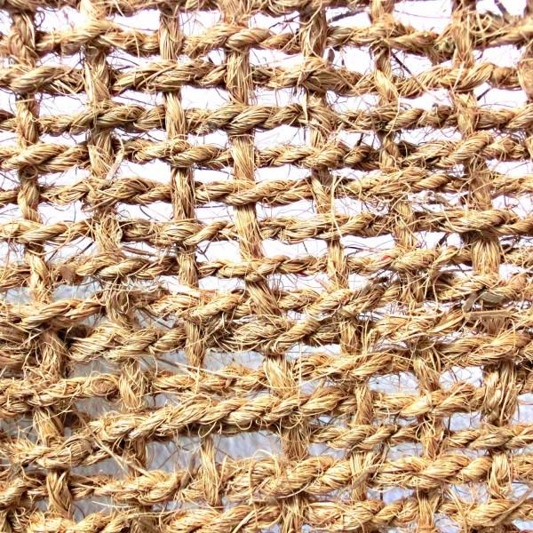 Kokosgewebe KG900 · 100 m²/Rolle · 50000 x 2000 x 9 · 90,00 kg · bis zu 70° Steigung · Kokos · 3 Jahre Lebensdauer · Herkunft: Sri Lanka