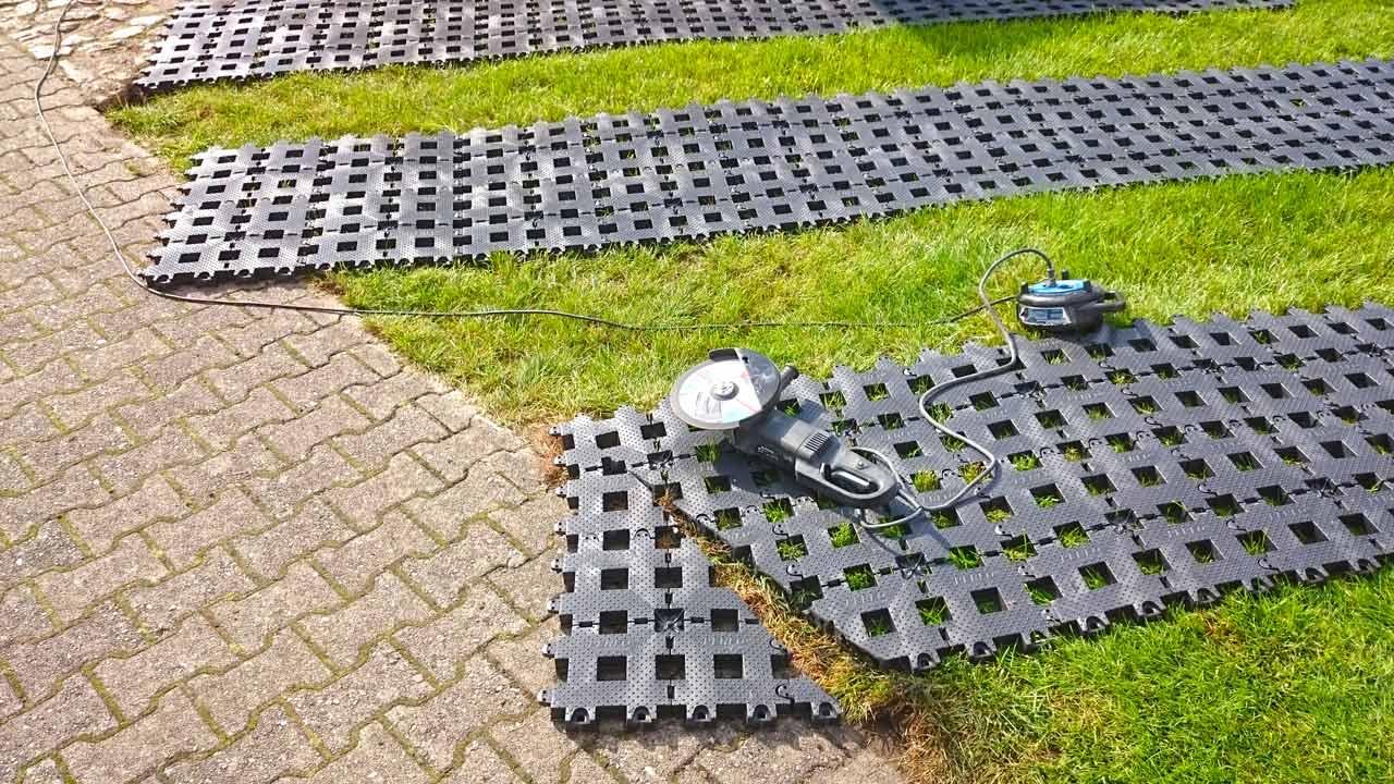 Hervorragend Kunststoff Rasengittersteine ohne Unterbau direkt auf den Rasen XC83